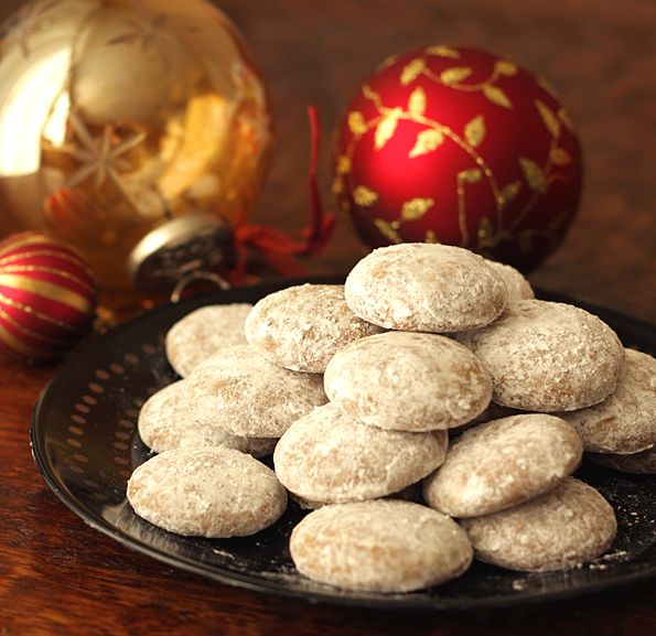 german pfeffernusse cookies (traditionally eaten at christmas)
