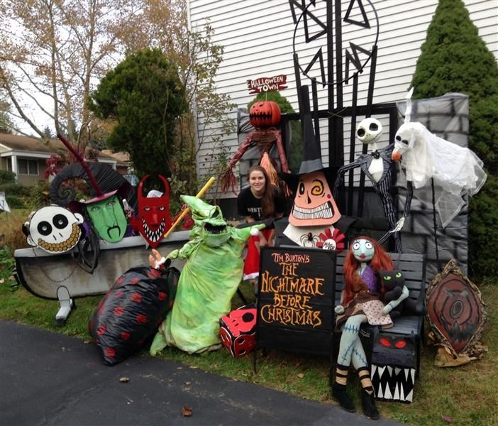 147 best decorations images on prop entracing decorations nightmare before christmas - Nightmare Before Christmas Outdoor Decorations