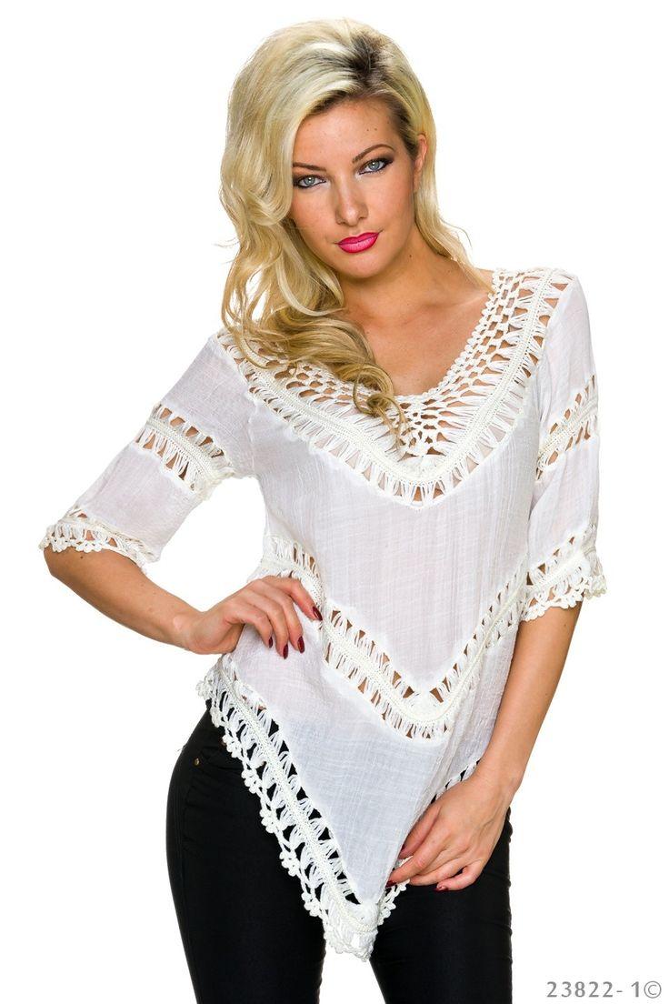Bluza Asymmetry White. Bluza cu croi asimetric, insertii tricotate, ideala pentru o iesire lejera sau un look modern pe terasa, la mare.