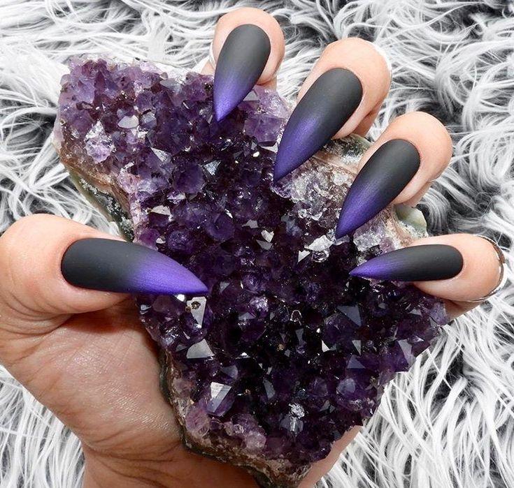 Ꮲɪɴᴛᴇʀᴇsᴛ|@sɴᴇᴀᴋᴇʀ ʙᴀᴇ | Nails, Press on nails, Halloween ...