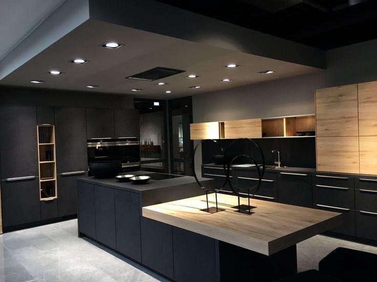 Casual Home Kitchen Island With Solid American Hardwood Top The Furniture Blogger Maison Minimaliste Décoration Intérieure Maison Moderne Cuisine Minimaliste