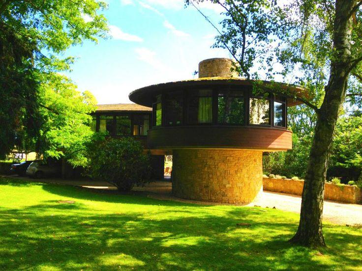 Unique circular 1966 designed house in Northamptonshire.