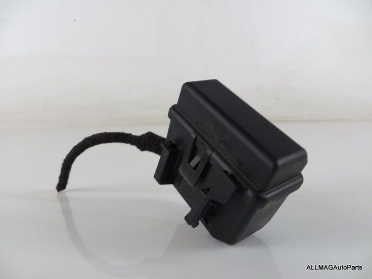 17 best ideas about 2007 mini cooper mini cooper d 2007 2015 mini cooper fuse box fuse housing relay bracket 15 61142755704