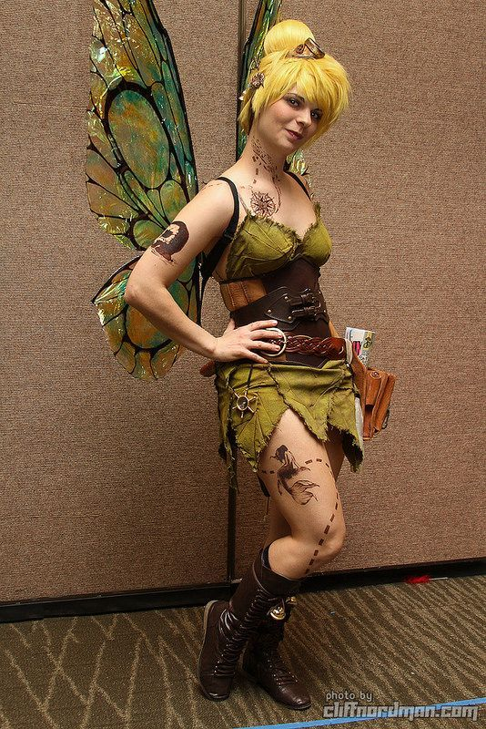 Cosplay Steampunk Belle | Found on flickr.com