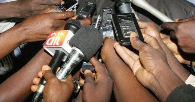 A Senior Magistrates Court sitting in Kano on Thursday slammed a bail of N500000 on each of the five men accused of obstructing an NTA female journalist from discharging her professional duties.  The accused persons are Abba Abdullahi 32; Mansir Sale 28; Bashir Saminu 27; Yusuf Tijjani 30; and Shazali Tasiu 38.  They face a five-count charge of criminal conspiracy using criminal force inciting disturbance mischief and obstructing a public servant from discharging her duty.  The five men…