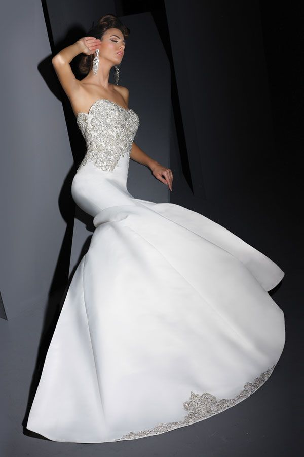 Gorgeous Victor Harper wedding gown at Impression Bridal