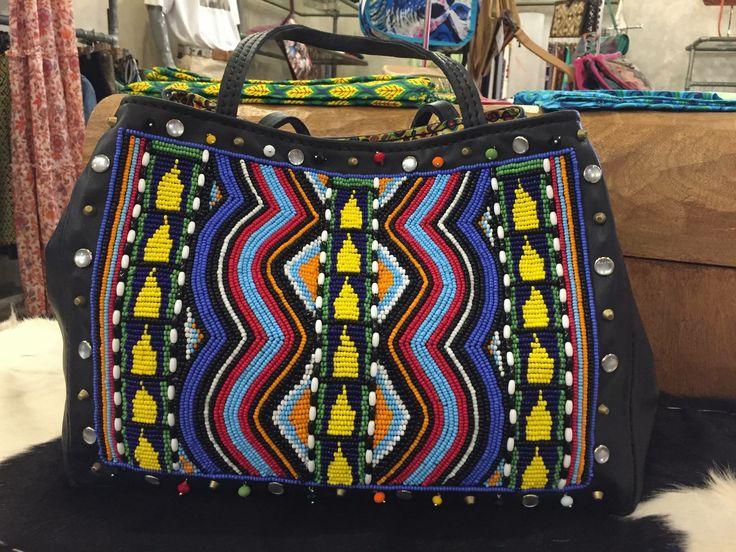 Tote in pelle decoro perline Disponibile in diversi colori Wildsideshop@me.com