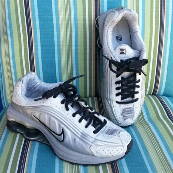 White and black Nike Shox Slightly worn Nike Shox. Still in excellent condition. Nike Shoes