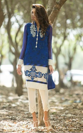Picture of Cobalt blue and ivory shirt