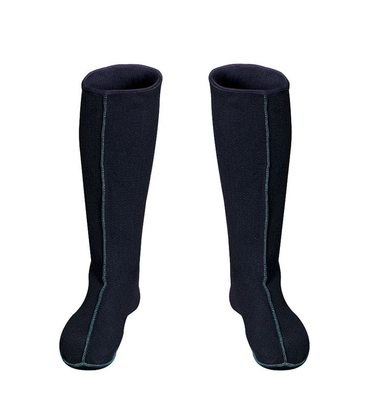 LONG WARM SOCKS FOR BOOTS Model: KL09/L FILC The model has been produced with high quality material that protects usr feet against cold. Length of product 40cm.