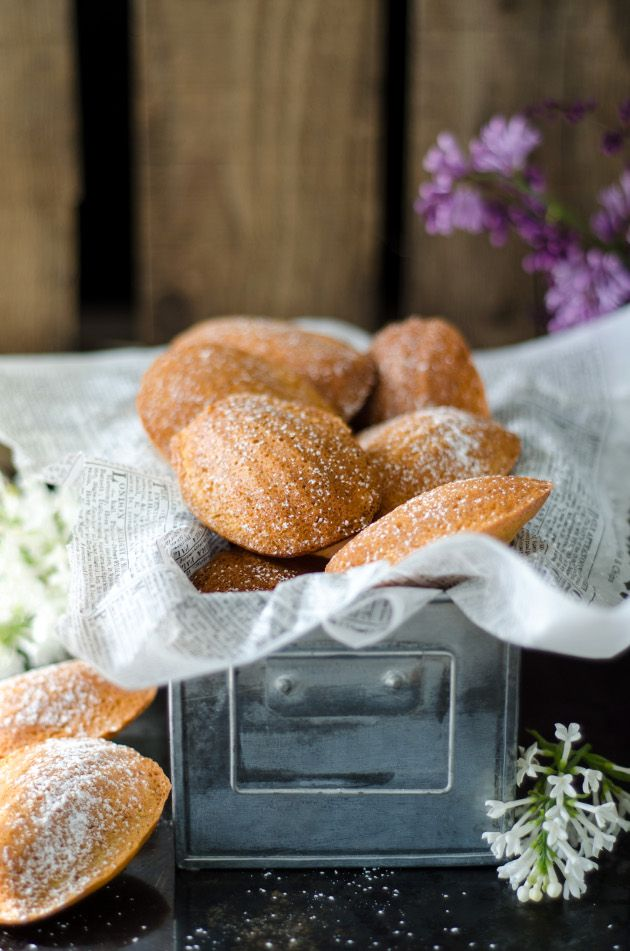 Louise's Stove: browned Butter Vanilla Madeleine (Madeleiner on Browned Butter and Vanilla)
