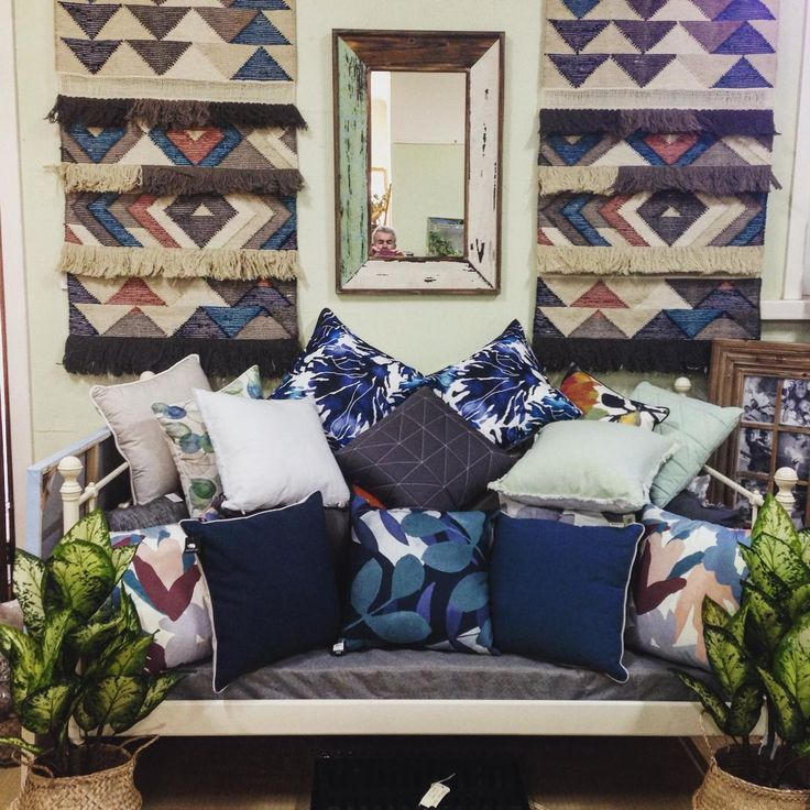 #theminerscouch #interiors #wallhangings #cushions #fauxfoliage #plants #decor #shopping #moonta