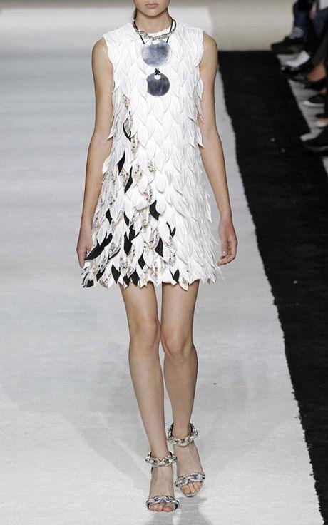 Paris Edition Spring/Summer 2015 Trunkshow Giambattista Valli Look 2 on Moda Operandi