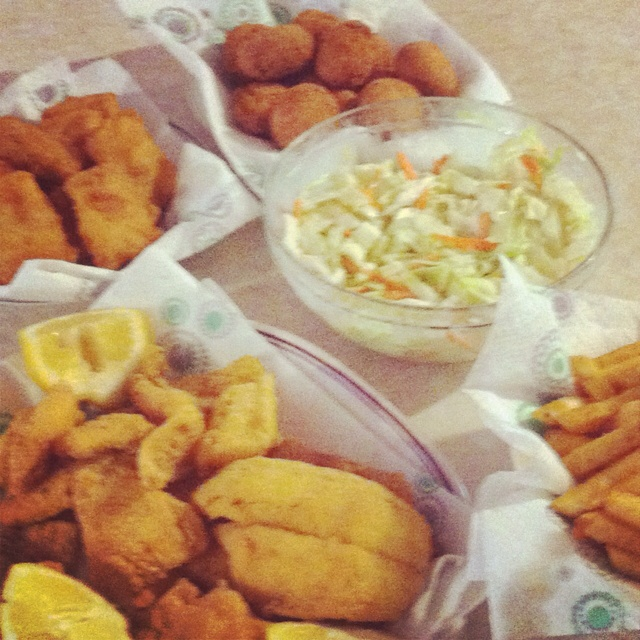 Fish fry w all the right sides incredible edibles for Sides to bring to a fish fry