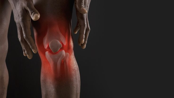 Follow these techniques to strengthen your knees for optimal weightlifting performance.