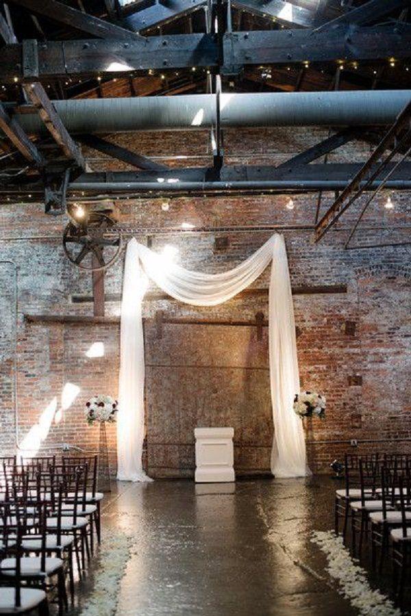 industrial wedding backdrop decor / http://www.deerpearlflowers.com/industrial-wedding-ceremony-decor-ideas/