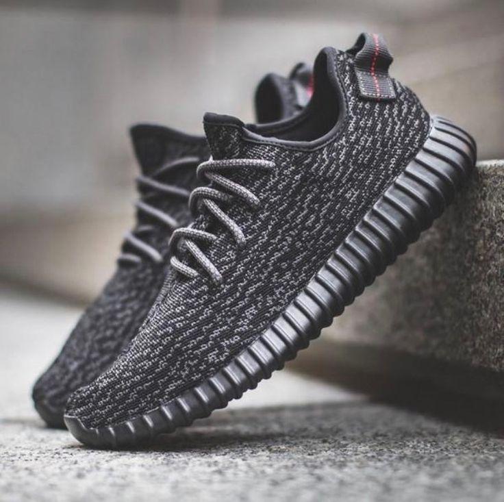 Blaze Sneakers in Black - TakeClothe