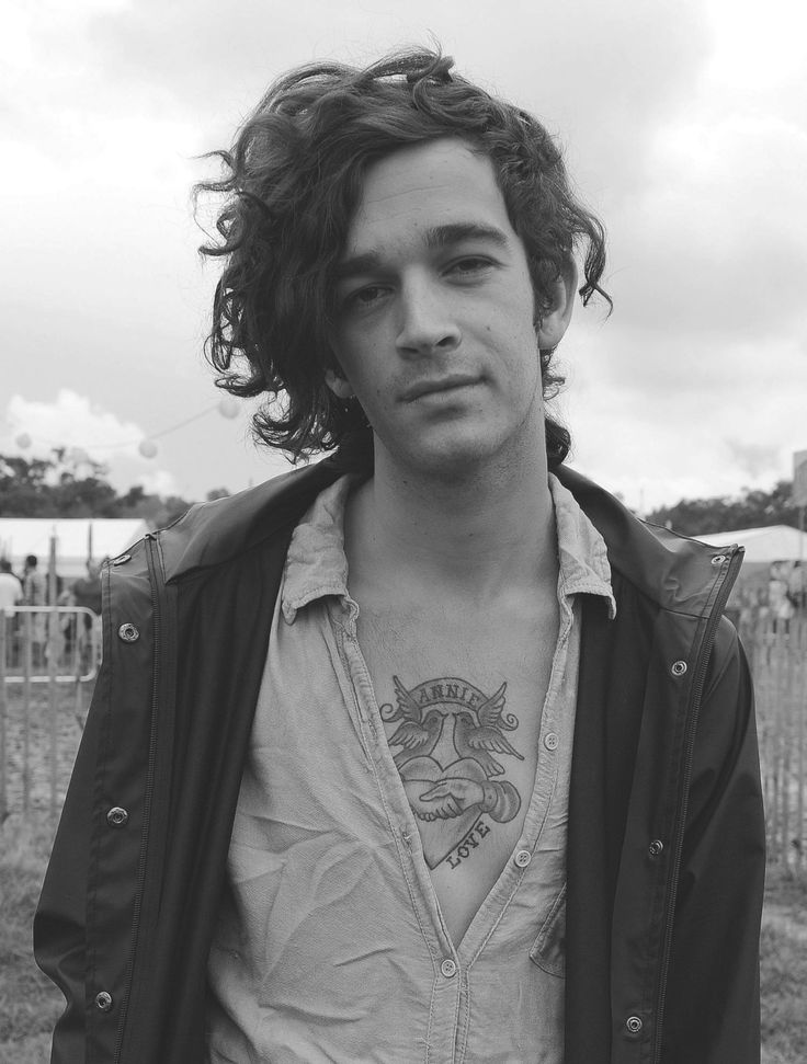 Only Matt Healy can make this wonderful mess on his head look good.