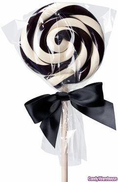 Lollipops.....who doesn't love them! Great for eating.....parties.....special treats.....and also great for decorating. Course, here at Trendy Tree, the on