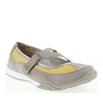 Propet shoe