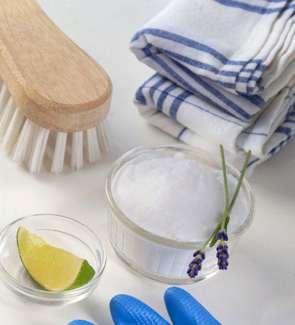 un shampoing pour tapis huiles essentielles des recettes pour entretenir votre logement au. Black Bedroom Furniture Sets. Home Design Ideas