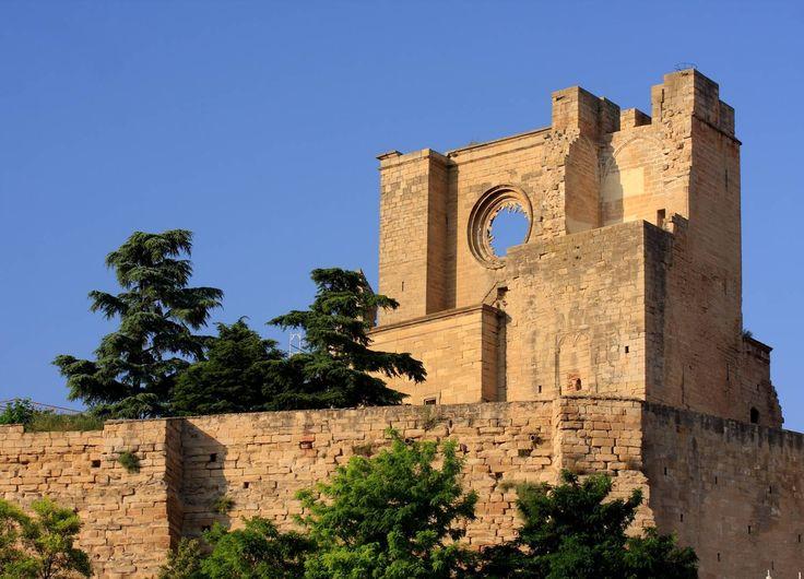 Iglesia-fortaleza de San Pedro, Viana, Navarra