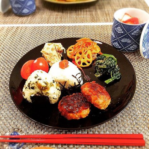 #朝食 #和食ワンプレート #チアシードプディング #お目目じゅりじゅり #つくねハンバーグ