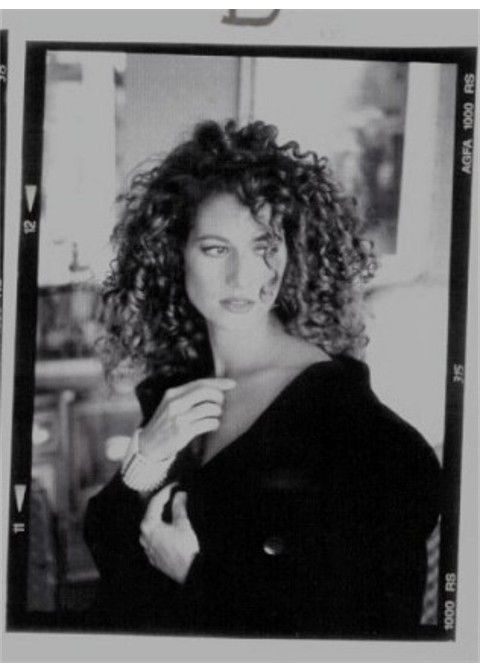 A 90's shot of Amy Grant