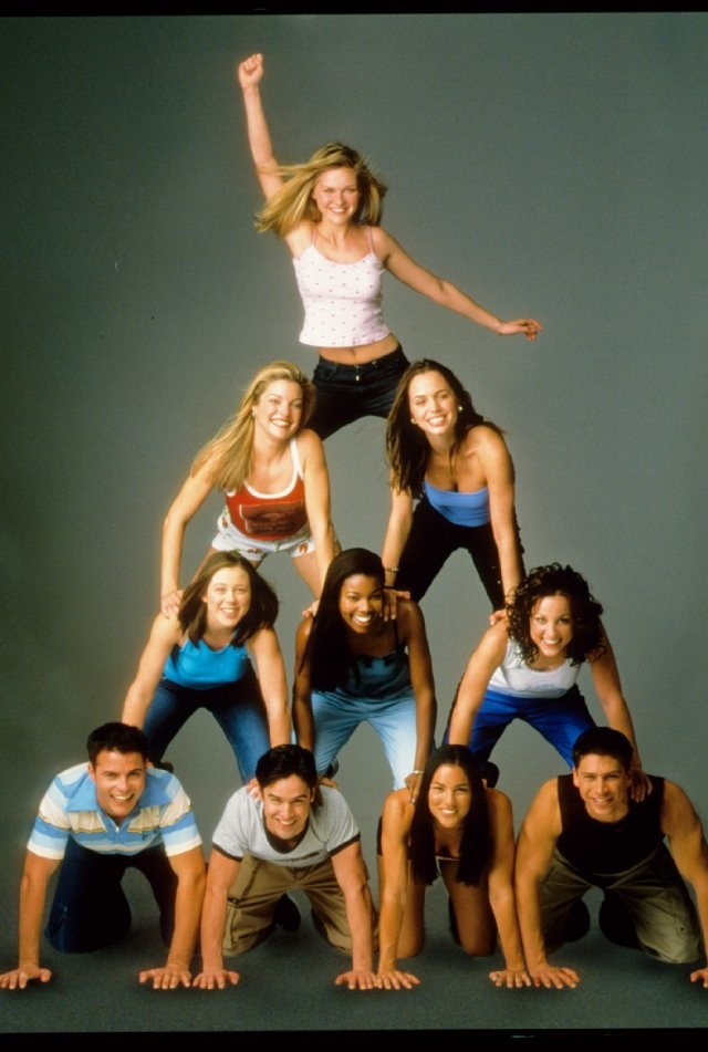 Still of Kirsten Dunst, Clare Kramer, Lindsay Sloane, Gabrielle Union, Honorine Bell, Jesse Bradford, Eliza Dushku, Tsianina Joelson, Huntley Ritter and Nathan West in Bring It On