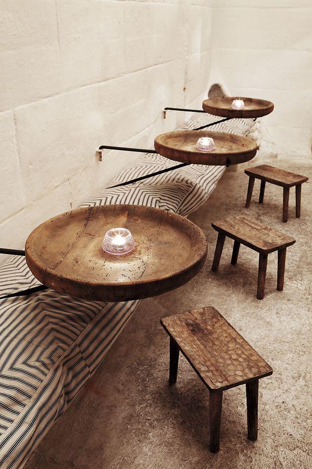 Miguel Adrover is a fashion designer, creator and owner Es JaÇ Coctail bar – Mallorca tavolini rotondi