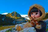"""""""....hace unos cuantos dias que vive conmigo, Nuna, una nena Inuit, mal llamada esquimal, ya que eso es despectivo para ellos, Nuna es el nombre de la madre tierra, para los Inuit... agradezco enormemente a @[408399679221861:274:Marywind Dolly World] por hacer mi sueño realidad, y a @[100005928582348:2048:Suitdrims Concepts], por ayudarme a desarrollar todo su vestuario lo mas fidedigno posible..."""""""