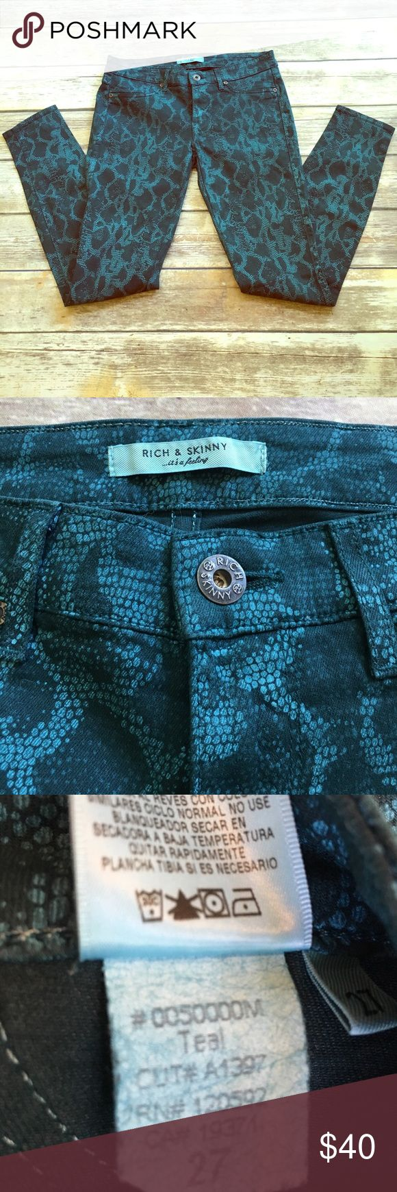 Rich & Skinny Teal snake pants 27 Rich & Skinny snake print pants size 27. These are shades of teal. Rich & Skinny Jeans Skinny