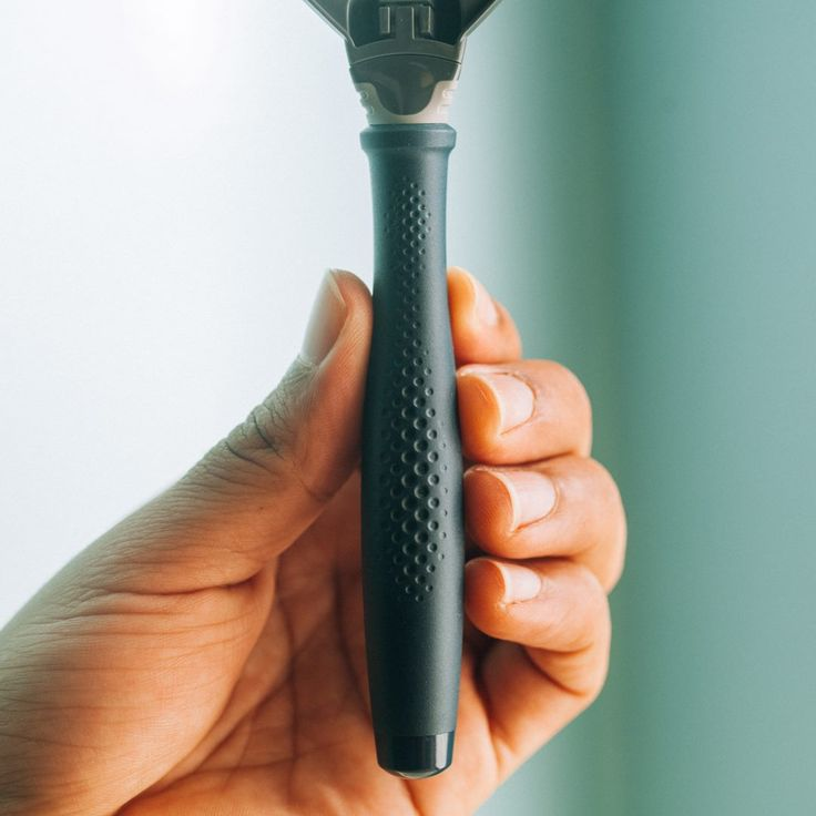Why So Many Guys Are Loving Harry's Razors