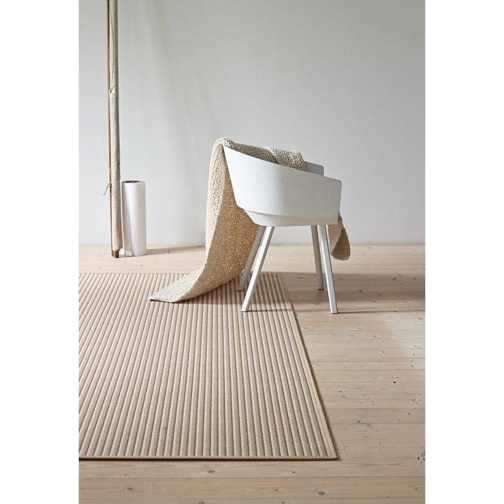 Carpet Diem | Railway Teppich von Woodnotes | online kaufen im stilwerk shop | ab € 333,-