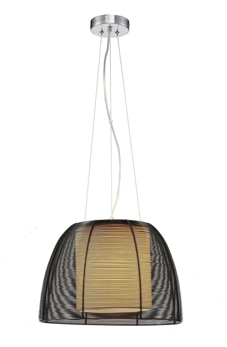 Lampa wisząca FILO jest połączeniem szkła i aluminium. Dzięki swojej nowoczesnej budowie będzie ciekawym dodatkiem zarówno do kuchni, jak i pokoju dziecięcego lub sypialni.