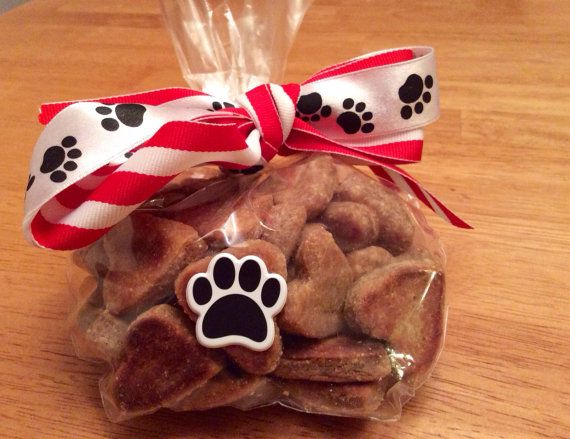 ️all natural handmade dog and cat treats ️ by BowMeowMunchies