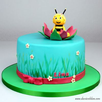 Die kleine Lina hat zu ihrem Geburtstag im letzten Jahr schon einmal eine Biene Maja Torte bekommen ( Klick ). Ihre Mama hatte für dieses Ja...