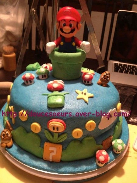 1000 id es propos de gateau mario sur pinterest f te mario anniversaire mario bros et. Black Bedroom Furniture Sets. Home Design Ideas
