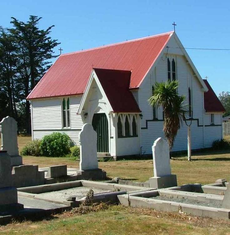 Kirwee Cemetery, Canterbury, New Zealand via Hunting Kiwis