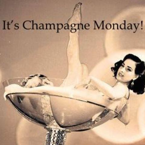 Welcome to Monday even though it's nearly over, where has the day gone?  Monday night is definitely a chill night with a cold bottle of bubbles.  Anyone you know having a party and fancy a fun funky bar then tag them below or contact Caz www.smartbarcompany.co.uk.  #prosecco #champagne #champers #bubbles #fizz #flute #smartcar by smartbarcompany. wedding #hennight #domperignon #barhire #smartcar #prosecco #flute #festival #cocktails #mobile #fizz #event #spirits #proseccobar #tattinger…