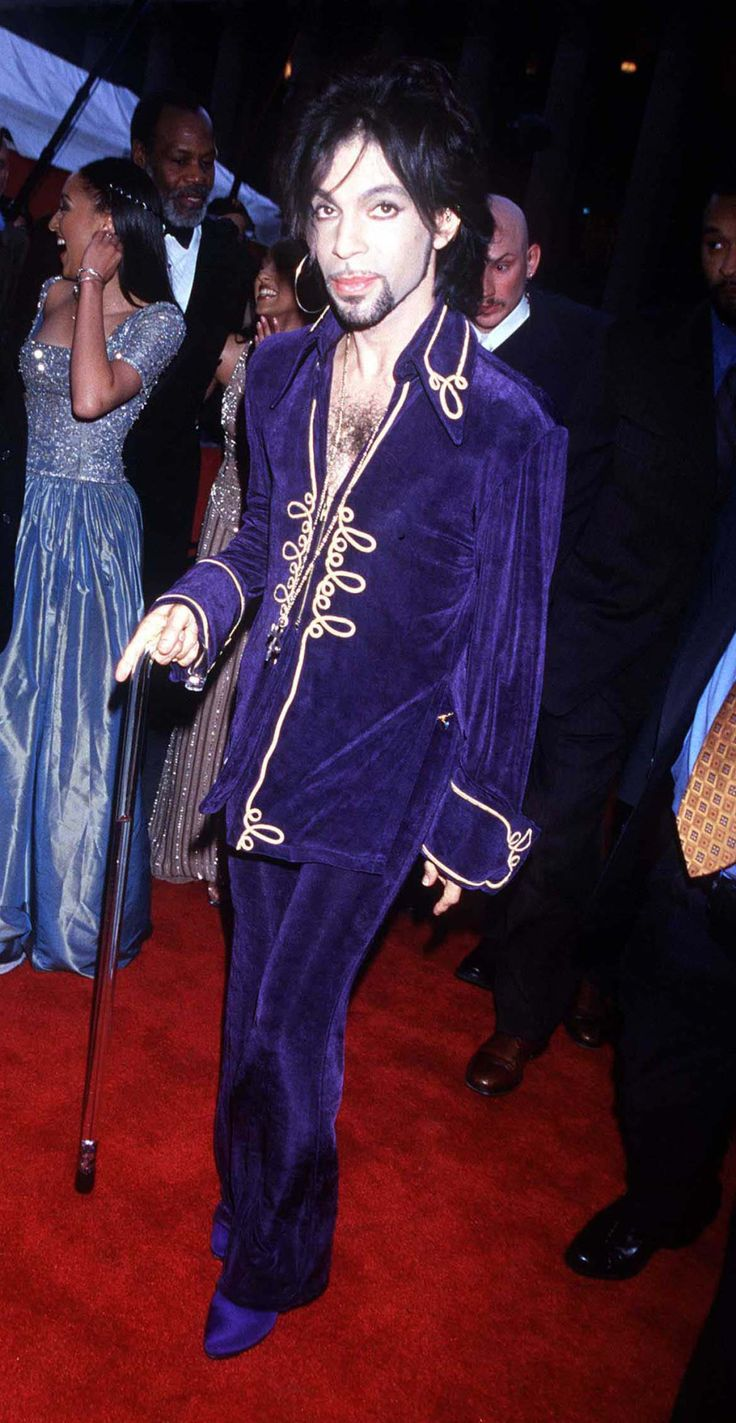 """cococuredawnexperience: """"Prince arriving at the Essence Awards, 1999. """""""