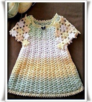 Tığ işi Kelebek Desenli Elbise Modeli