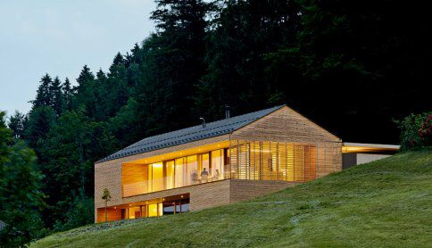 Häuser Award 2011, 1Preis Haus am Hang, Dornbirn, Austria, (Büro - garageneinfahrt am hang