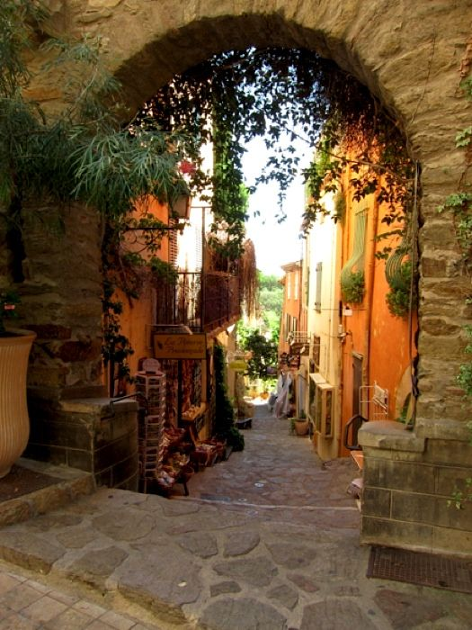 Old gateway - Bormes les Mimosas  | by © French Paintings