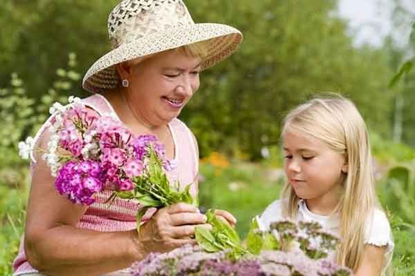 a fi bunica este cel mai minunat lucru din viata