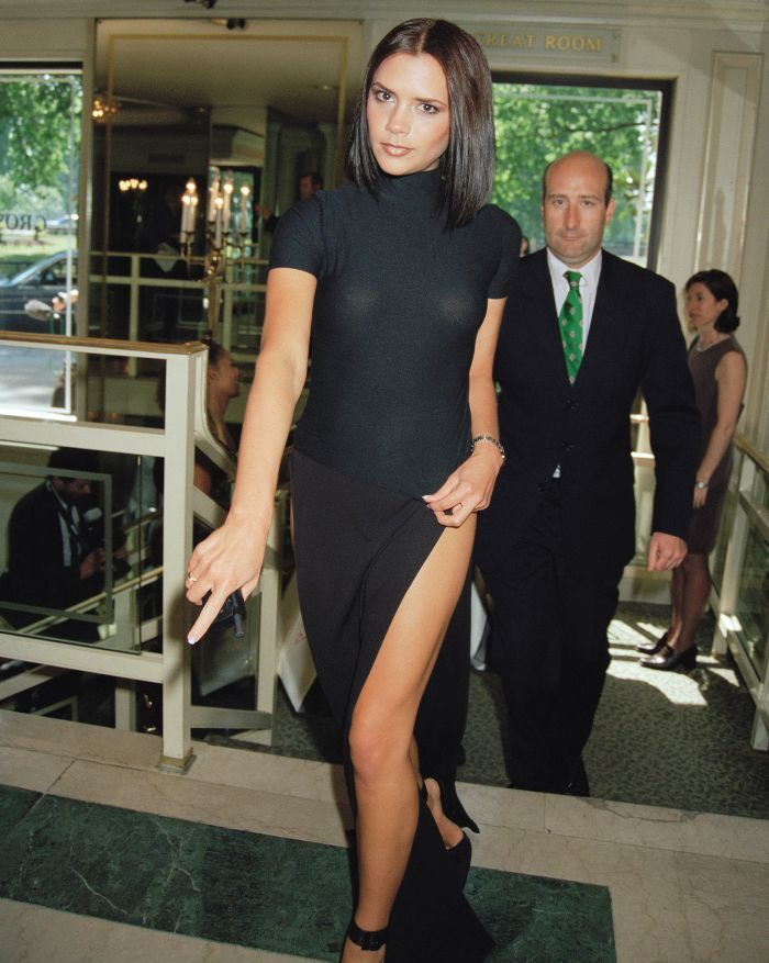 3856da5aade Victoria Beckham  This  90s Outfit