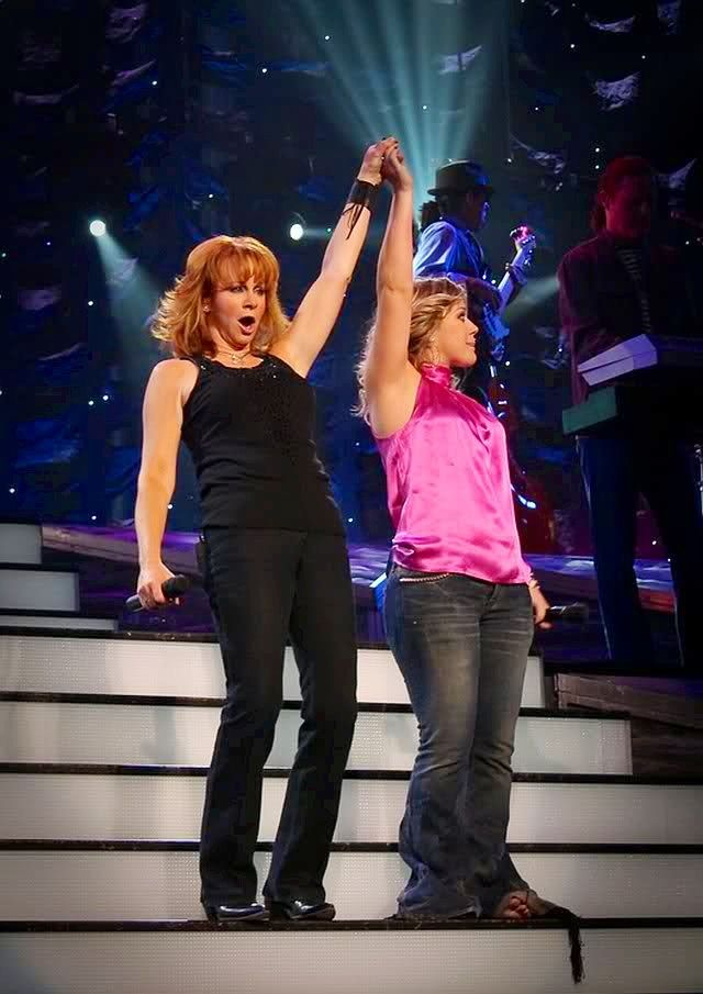 235 Best images about Reba McEntire on Pinterest   Fight ...