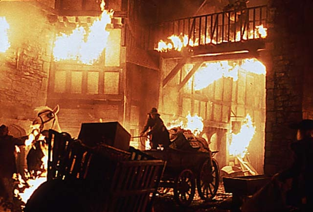 The Great Fire of London, 1666. Brief account of what happened,and why.