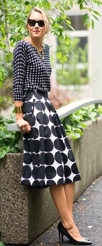 banana republic x marimekko collection kivet black and white dot print on print #brxmarimekko #sharehappy