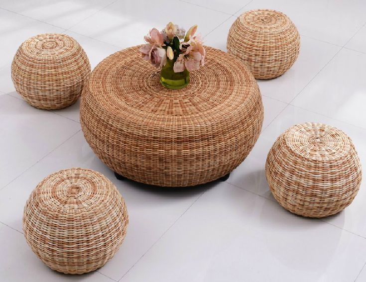 Round rattan coffee table corner a few colored dichroic rattan ...